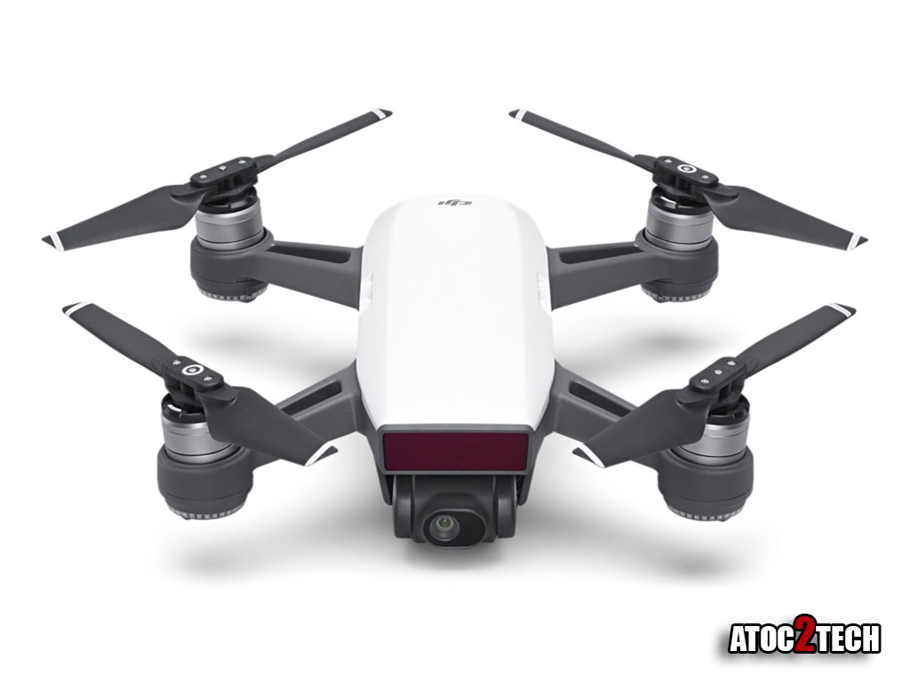 DJI se lance dans le mini drone selfie DJI Spark : tarifs ...